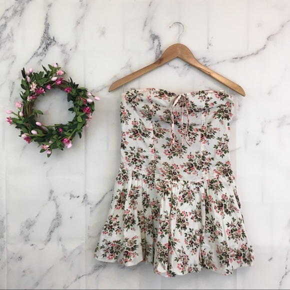 Tracy Feith Dresses & Skirts - Tracy Feith for Target Floral Strapless Mini Dress